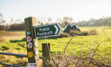 Newton Poppleford footpath Sign